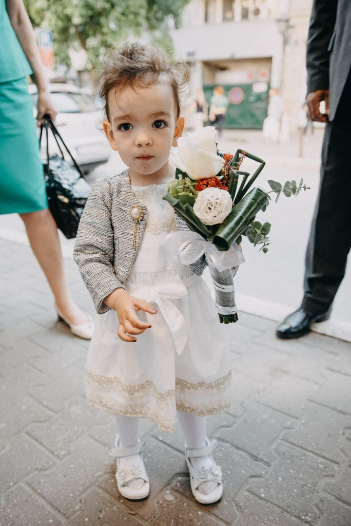 Little girl holding a bouquet