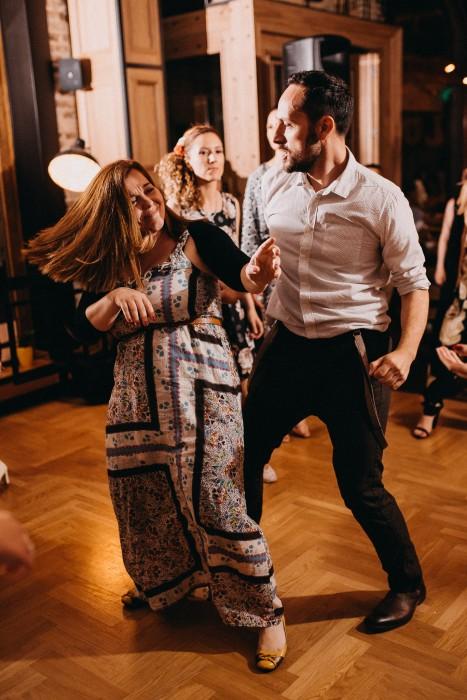 People dancing in Loft Lounge and Bar Novi Sad