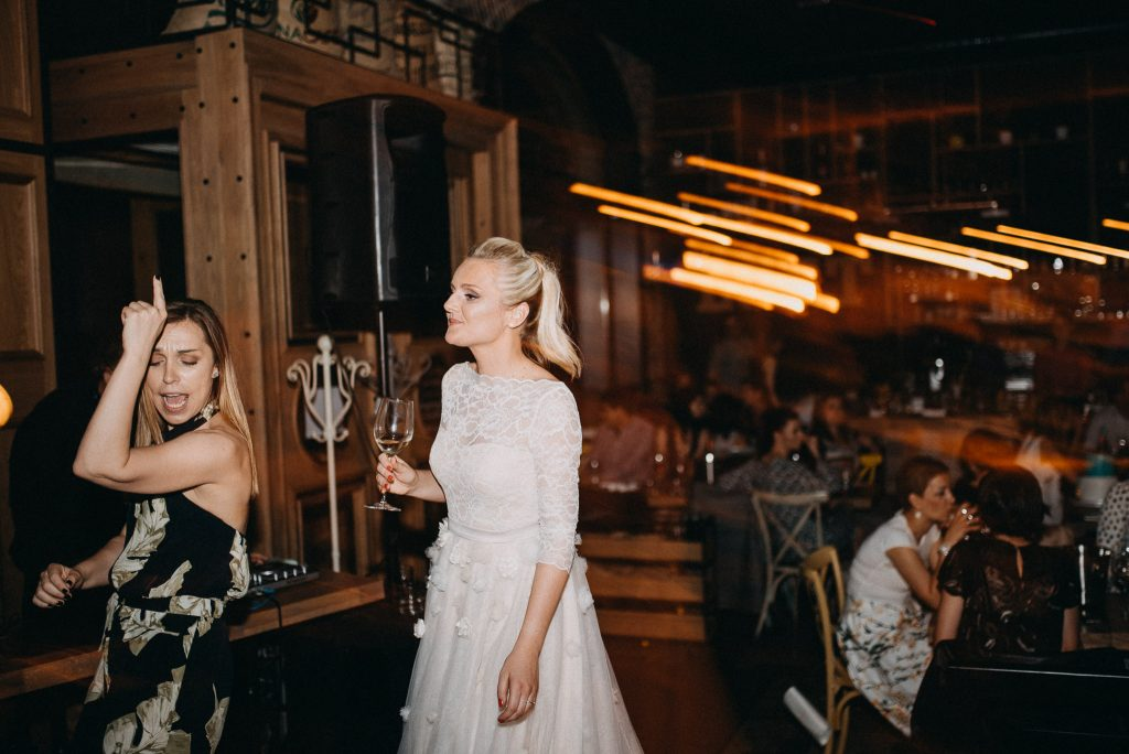 Bride dancing in Loft Lounge and Bar Novi Sad